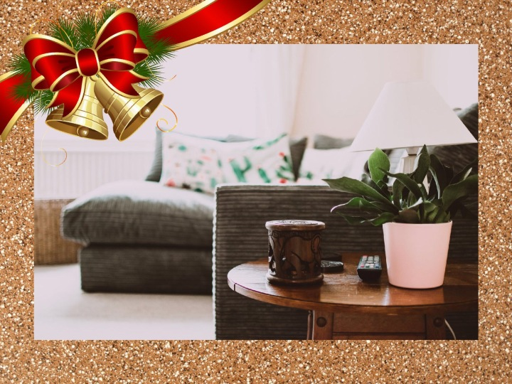 Blogmas Day 12 – 10 Things You Need For A Winter NightIn
