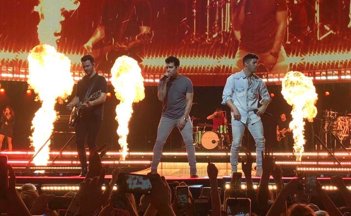 Jonas Brothers – Happiness Begins Tour,Dublin.